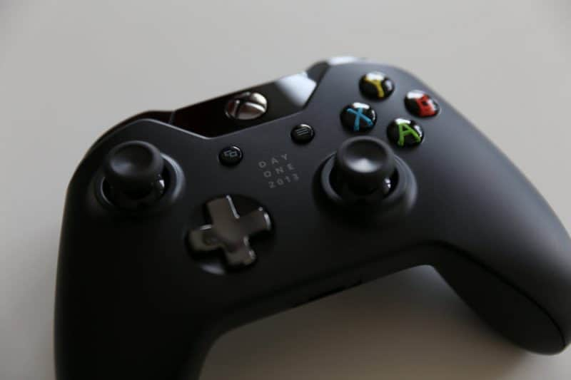 connect a console game controller to a PC